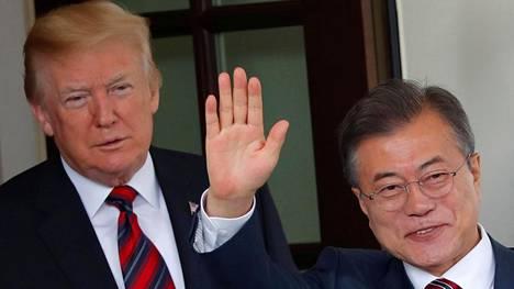 Presidentit Donald Trump ja Moon Jae-in Valkoisessa talossa 22. toukokuuta.