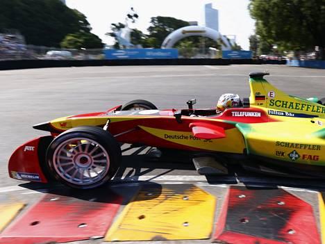 Audi osallistuu sähköautojen formula E -kilpailuihin.