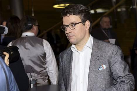 Vihreiden puheenjohtaja ja kansanedustajaehdokas Ville Niinistö vaalivalvojaisissa.