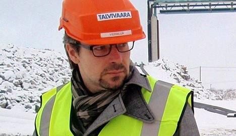 Vuonna 2012 ympäristöministerinä toiminut Ville Niinistö vieraili tuolloin Talvivaaran kaivoksella sonnustautuneena Talvivaara-kypärään.
