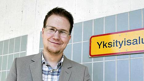 Perussuomalaisten kansanedustaja Olli Immonen uskoo monikulttuurisuudeb johtavan sisällissotiin ja terrori-iskuihin.