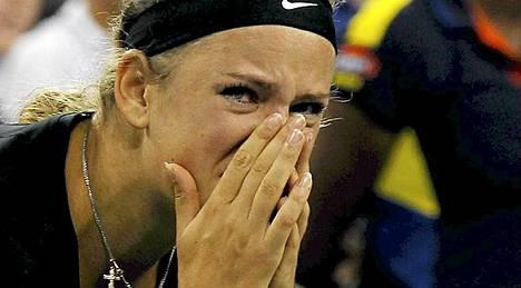Viktoria Azarenka taipui US Openin finaalissa.