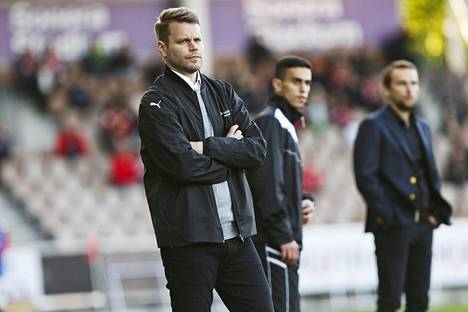 Dever Orgillin mukaan IFK Mariehamnin päävalmentaja Peter Lundberg on haastanut hyökkääjän kehittämään itseään.