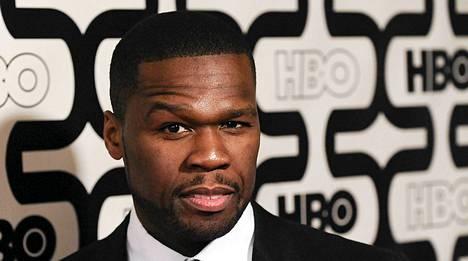 Jenkkiräppäri 50 Centiä syytetään ex-tyttöystävänsä pahoinpitelystä.