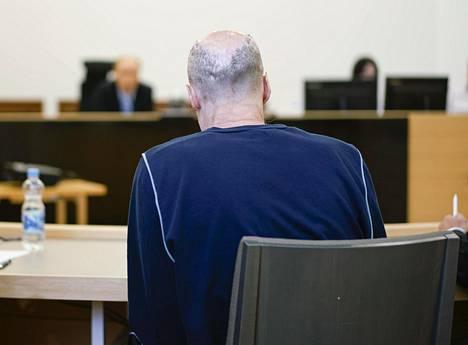 Syytetty oikeudessa maanantaina.