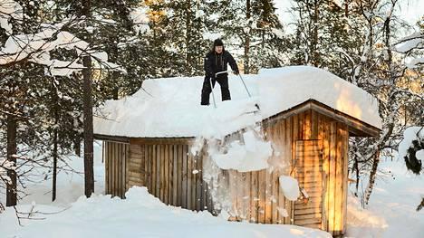 Lumen määrä Lapissa on ollut tänä talvena ennätyksellinen.