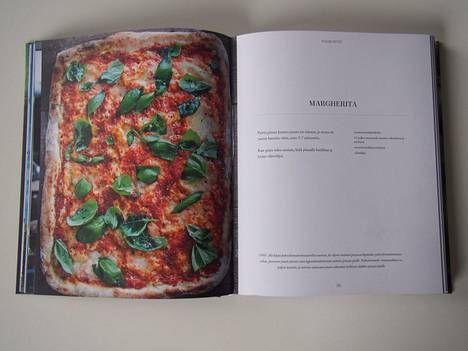 Uutuuskirjasta Vege! löytyy monta pizzareseptiä.