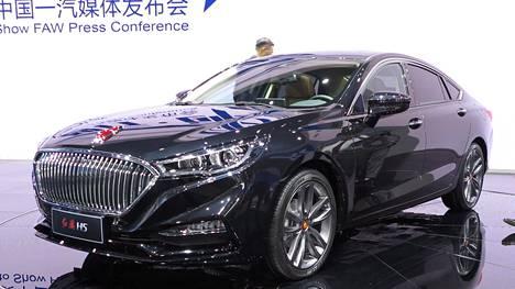Hongqi H5:n tuorein versio (2017) edustaa kiinalaista luksusautoa. Kaupallisesti kiinnostavimpia ovat silti edulliset kansanmallit, joiden laatutaso on viime vuosina kohonnut huimasti.
