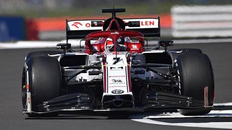 Kimi Räikkönen ajoi jälleen kaukana pistesijoista.