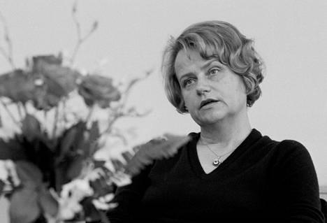 Pirkko Työläjärvi toisena valtiovarainministerinä vuonna 1981.