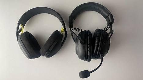 G435 (vasemmalla) on ulkoisesti erittäin miellyttävän näköinen. Vertailussa Logitechin peliheadsettien kuningas eli Pro X Wireless.