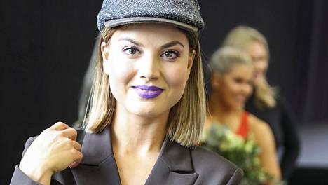 Janni Hussi tunnetaan liikunta-alan moniosaajana ja tv-kasvona.