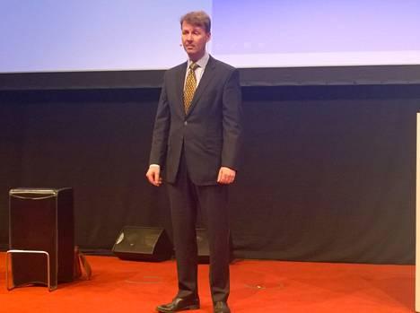 Siilasmaa yllätti NSN:n yleisön puhumalla Barcelonassa.