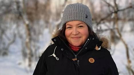 Laura Aust toteutti haaveensa Suomessa asumisesta. Nainen työskentelee kausityöntekijänä Lapissa Kilpisjärvellä. Työ on rankkaa mutta elämä pohjoisessa on antoisaa.
