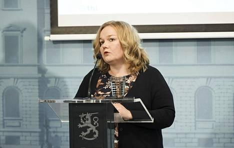 """Perhe- ja peruspalveluministeri Krista Kiurun (sd) mukaan """"terveysturvallisuutta rajoilla on rakennettu jo 4–5 viikon ajan""""."""