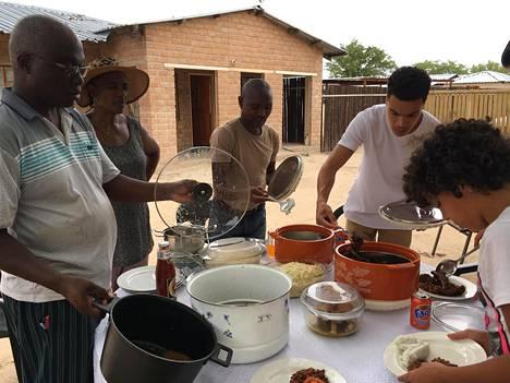 Pyry Soiri vierailulla Namibiassa 2016.