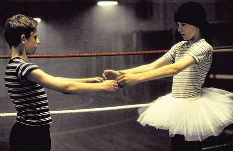Ympäri maailmaa esitetyn menestysmusikaali Billy Elliotin on nähnyt jo lähes 10 miljoonaa katsojaa. 27. elokuuta kiitelty musikaali saa Suomen kantaesityksensä. Kuva vuonna 2000 ilmestyneestä Billy Elliot -elokuvasta.