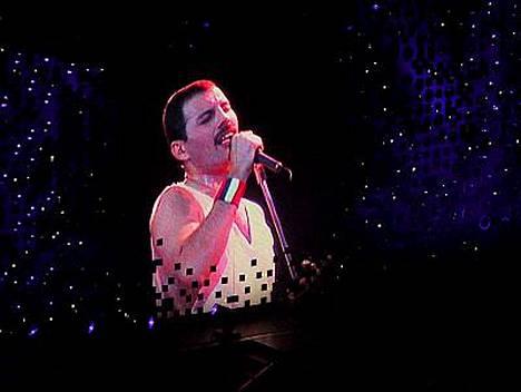 Hän on silti täällä tänään, ainoa oikea Freddie Mercury!