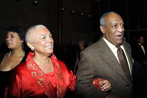 Camille ja Bill Cosby amerikkalaista huumoria juhlistavassa Mark Twain -palkintojakogaalassa 2009.