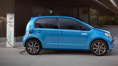 Ensimmäiset Mii electric -täyssähköautot toimitetaan asiakkaille ensi vuoden keväällä. Seat-jälleenmyyjille ensimmäiset autot saapuvat vuoden 2020 alussa.
