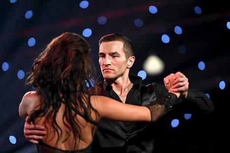 Tanssi saa jatkua, mutta Tatlin pitää välttää tietynlaisia hyppyjä.