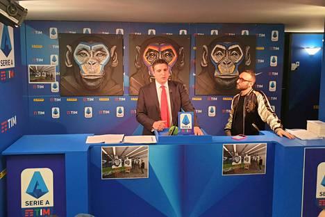 Luigi De Siervo (vas.) ja Simone Fugazzotto kertoivat apinatauluista maanantaina.