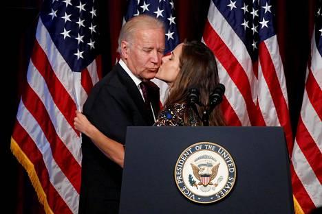Ashley kertoo olevansa innoissaan isänsä valinnasta Yhdysvaltain seuraavaksi presidentiksi.