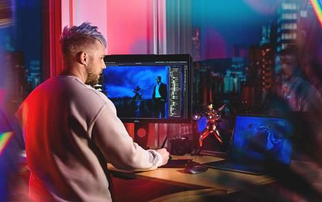 Jouni on tehnyt töitä yrittäjänä kolme vuotta. Hänen taidettaan on nähty muun muassa suomalaisartistien levynkansissa.
