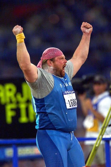 Tämän koommin ei suomalainen yleisurheilija ole nostanut käsiään ilmaan olympiavoiton merkiksi.