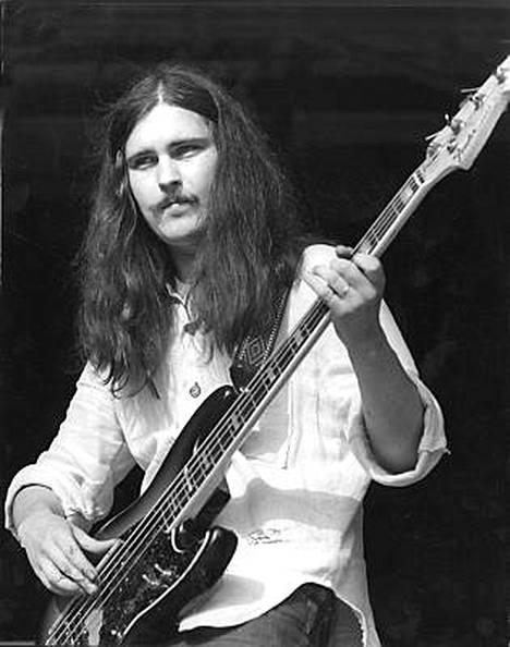 Pekka Pohjola soitti 1970-luvulla muun muassa Wigwam-yhtyeessä.