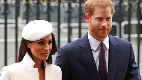 Meghanin ja Harryn odotetaan puhuvan suunsa puhtaiksi sunnuntaina esitettävässä Oprahin haastattelussa.