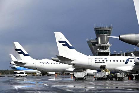Ilmailualan Unioni IAU laajentaa tukitoimiaan. Uudet tukitoimet toteutetaan esimerkiksi Finnairissa.