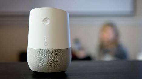 Googlen älykaiuttimien tietoturva-aukkoa on voitu käyttää salakuunteluun.