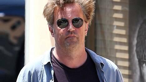 Frendien Chandlerina vuosia esiintynyt Matthew Perry on kärsinyt jo jonkin aikaa vakavista vaikeuksista.