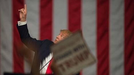 Osa amerikkalaisista suunnittelee Trumpin voittaessa pakoa pohjoiseen.