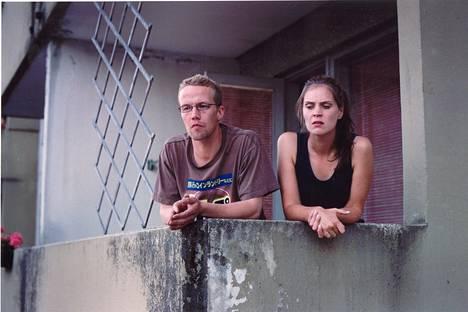 2003: Nousukausi-komediassa Petteri Summanen ja Tiina Lymi esittivät hyvätuloista paria, joka lähtee elämysmatkalle Jakomäkeen.