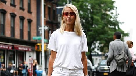Valkoinen t-paita on todellinen klassikkovaate.