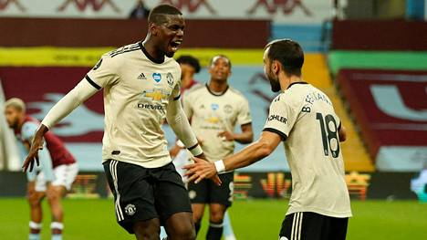 Paul Pogba ja Bruno Fernandes juhlivat Manchester Unitedin 3–0-maalia.