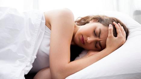 Unen laadun parantamiseen kannattaa todella keskittyä, sillä jatkuvasti liian vähäiseksi jäävä uni on riski terveydelle.