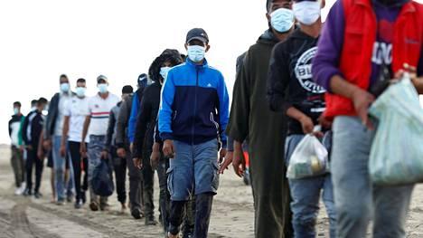 Siirtolaisia on saapunut Kanariansaarille tämän vuoden aikana jo 20 000. Määrä on noin kymmenkertainen edellisvuoteen verrattuna.