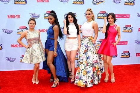 Cabelo tuli alkujaan tunnetuksi Fifth Harmony- tyttöbändistä.