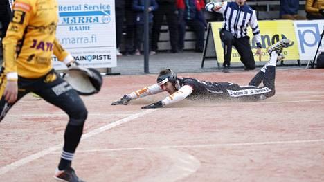 Juuso Myllyniemi toi Mansen voittojuoksun.