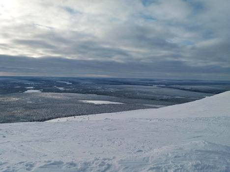 Maisemakuva Ylläksen huipulta.