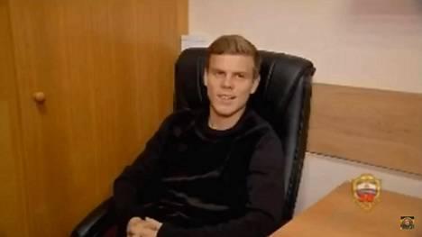 Aleksandr Kokorin esiintyi poliisikuulusteluissa rennon oloisena. Pelaajasta ei huokunut suurta katumusta.