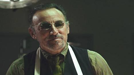 Bruce Springsteen esittää Lilyhammer-sarjassa päähahmon Frankin mafiaveljeä.