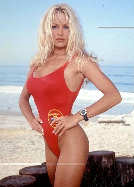 Pamela Anderson Baywatch-sarjassa vuonna 1995.