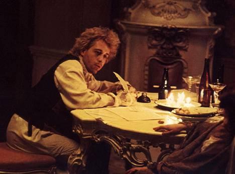 Hulce oli Oscar-ehdokkaana parhaasta miespääosasta Amadeus-elokuvasta.