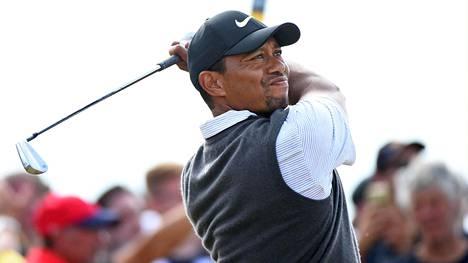 Tiger Woods pelasi British Openinssa Skotlannissa Carnoustien kentällä kesällä 2018.