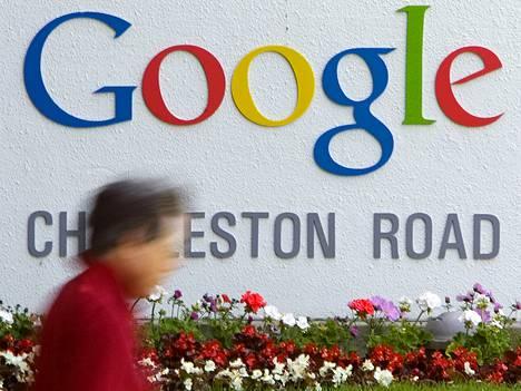 Google on julkaissut puolivuotisen läpinäkyvyysraporttinsa viranomaisten tietojen luovutuspyynnöistä.