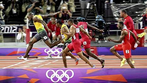 Usain Bolt jätti muut kauas taakseen.
